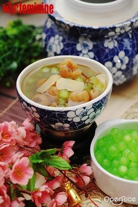 Dumpling in Longan & Sago Syrup Recipe 沙谷龙眼汤圆食谱