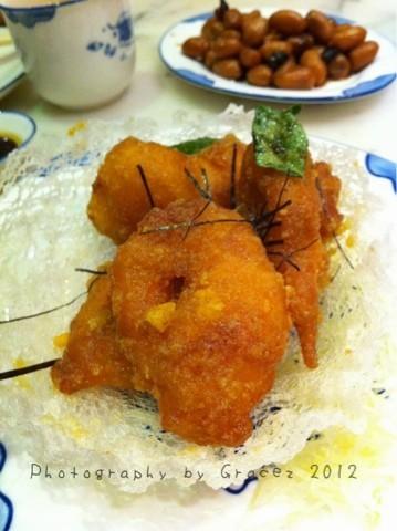 好好吃的咸蛋虾球, 虾肉弹牙爽口。